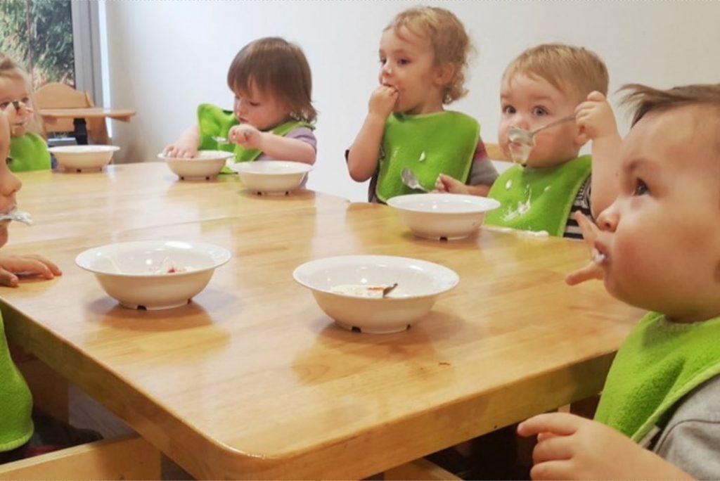 Babies Dining